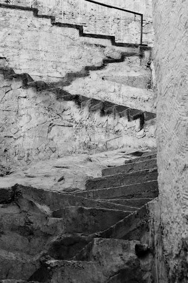 henrikj_zniszczone schodki